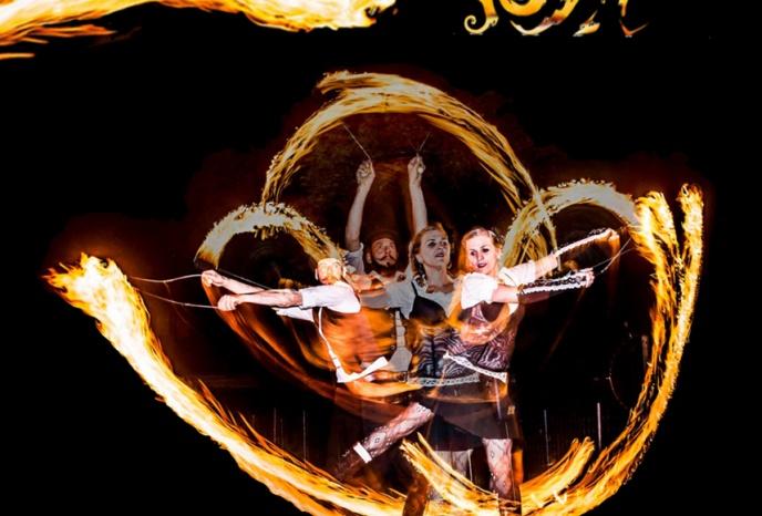 Feuershow Foyk Fire & Light Art