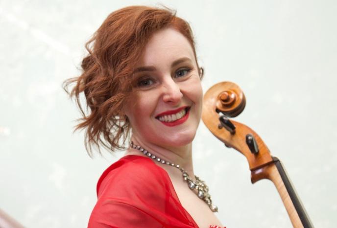 Solo-Cellistin für Ihren Anlass